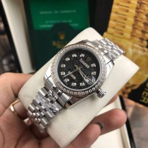 Rolex datejust 28-31mm Black Dial Jubilee