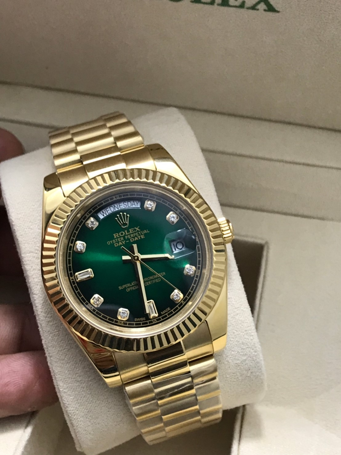 Rolex Day Date 18k Yellow Gold 40mm Green Dial, โรเล็กซ์เดย์เดทก๊อปเรือนทอง หน้าปัดเขียว