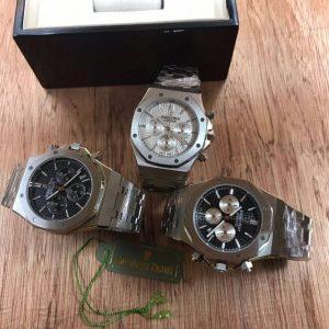 AP Audemars Piguet Quartz Watch (Black,White Dial)