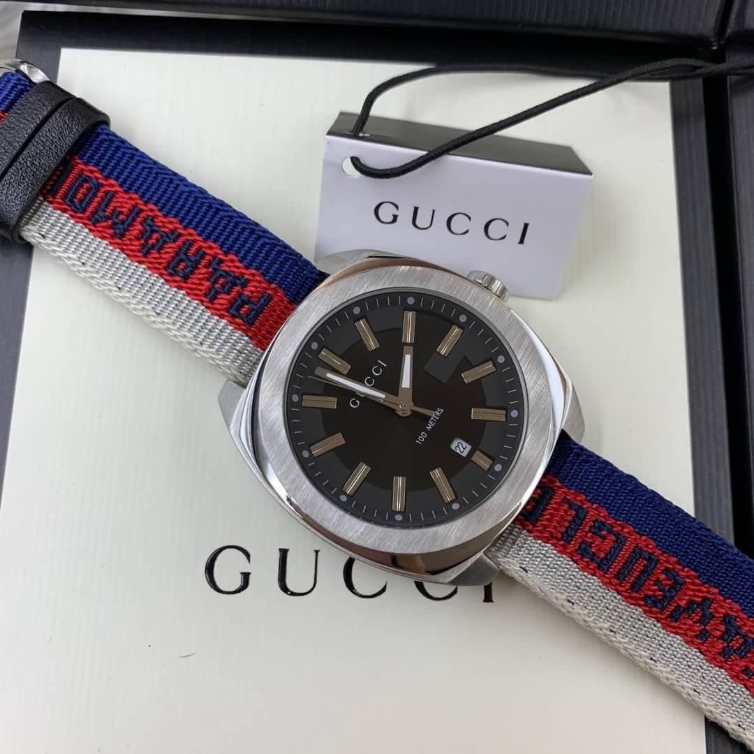 Gucci 100meter men's Watch Black Dial nylon Strap(GG2570)