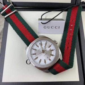 Gucci 100meter White Dial nylon Strap GG2570, หน้าปัดขาว, สายผ้า, ก๊อปผู้ชาย