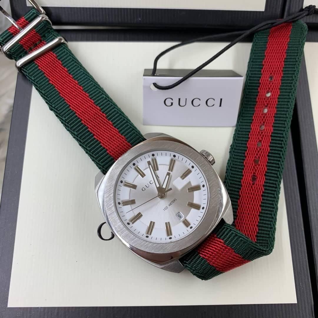 Gucci 100meter White Dial nylon Strap GG2570,