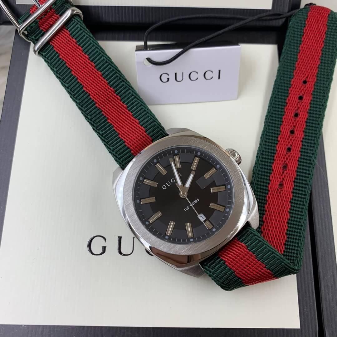 Gucci 100Meter Men's Watch Black Dial Nylon Strap GG2570)