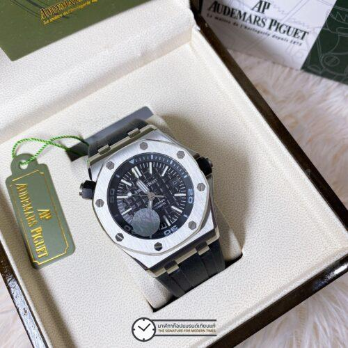 AUDEMARS PIGUET ROYAL OAK OFFSHORE DIVER AUTOMATIC BLACK DIAL STRAP WATCH, ก๊อปสายยาง, หน้าปัดดำ
