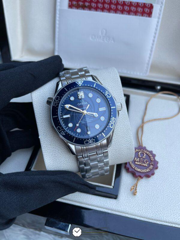 Omega Celebrates 'On Her Majesty's Secret Service' with new Seamaster 300M 40mm Blue Dial , ก๊อปหน้าปัดน้ำเงิน
